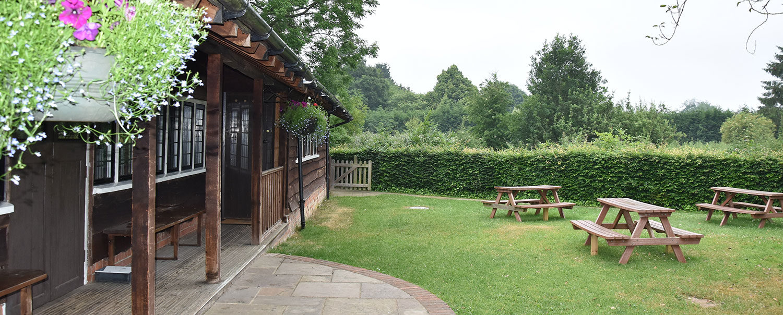 Ballinger Hall - Private rear garden